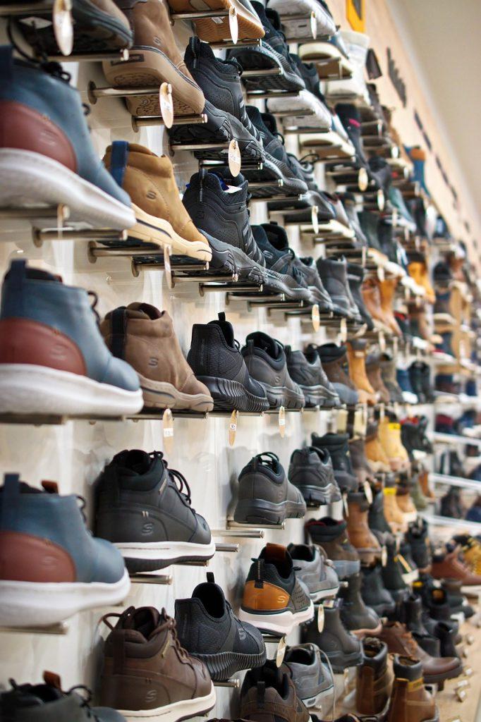 shoes, sports, colors-4808899.jpg